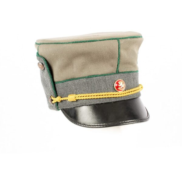 Reproduction based on photos and drawings of an original Infantry M/19 officers hat.